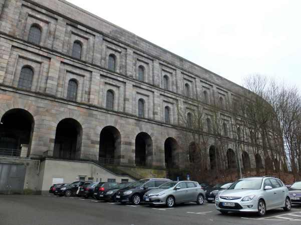 L'esterno del Dokumentationszentrum Reichsparteitagsgelände