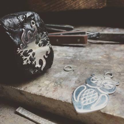 Ribes Nero - lavorazione dell'argento