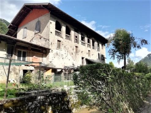 Casa antica a Molina di Ledro
