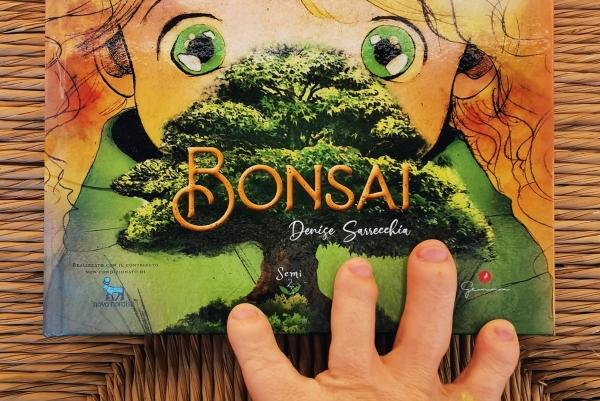 Copertina del libro Bonsai di Denise Sarrecchia