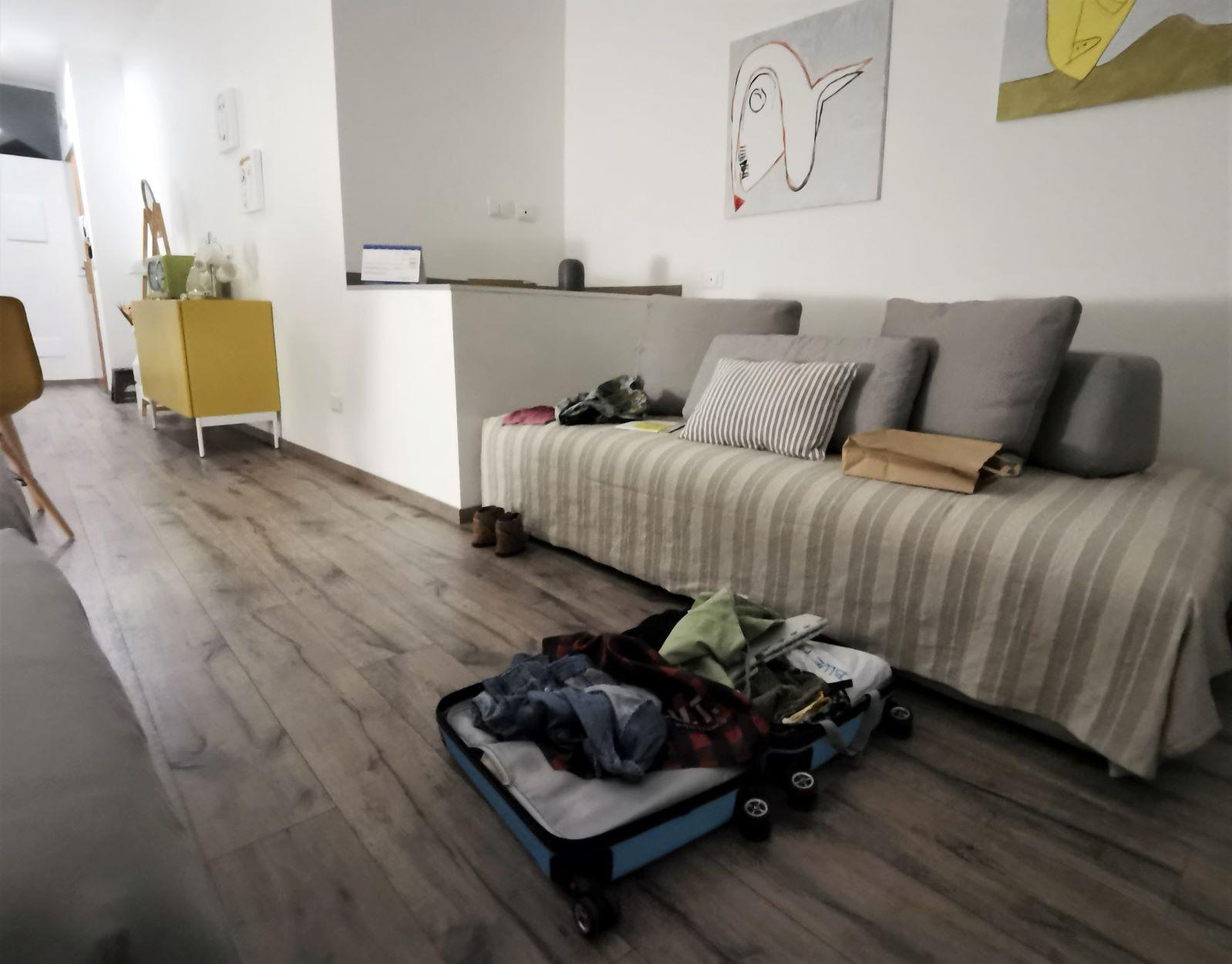 Il divano letto del Monolocale accessibile del Residence Trieste