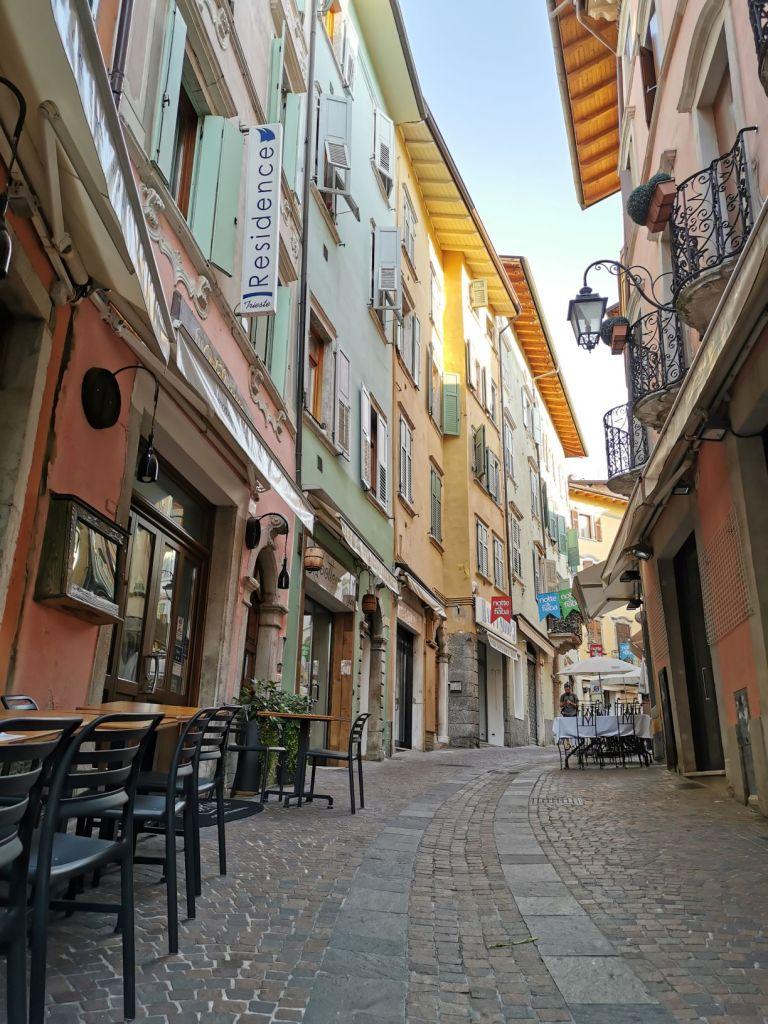 La via che porta al Residence Trieste